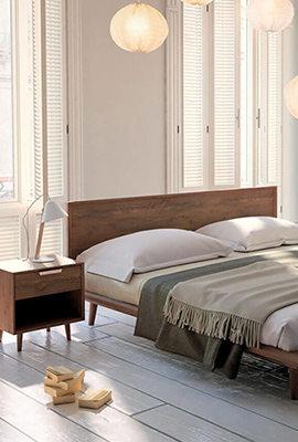 Можно ли сэкономить, создавая дизайн спальни в классическом стиле?