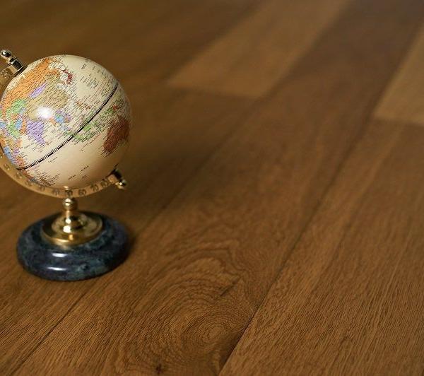Массивная доска Amber Wood Дуб Натур - купить в «Начни Ремонт» интернет-магазин — продажа напольных покрытий. - 1