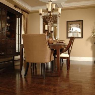 Массивная доска Superior Flooring Орех Американский - купить в «Начни Ремонт» интернет-магазин — продажа напольных покрытий.