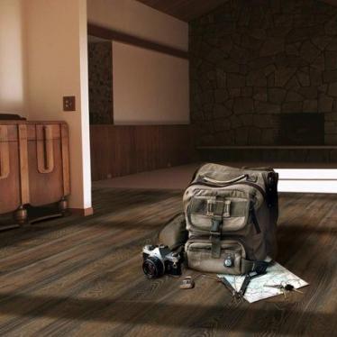 Ламинат Kronospan Дуб Каньон черный 3351 - купить в «Начни Ремонт» магазин напольных покрытий. - 2