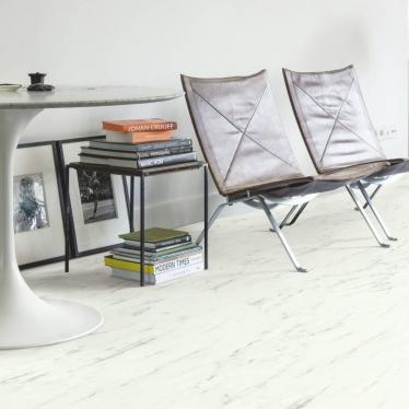 Виниловый ламинат Quick-Step Мрамор каррарский белый 40136 Ambient Click - купить в «Начни Ремонт» интернет-магазин — продажа напольных покрытий. - 1